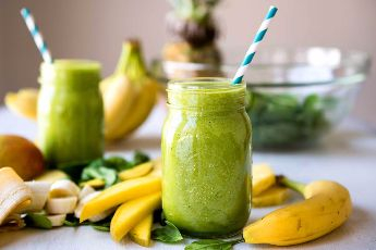 6 Green Smoothie Ingredients to Reboot Your Immune System